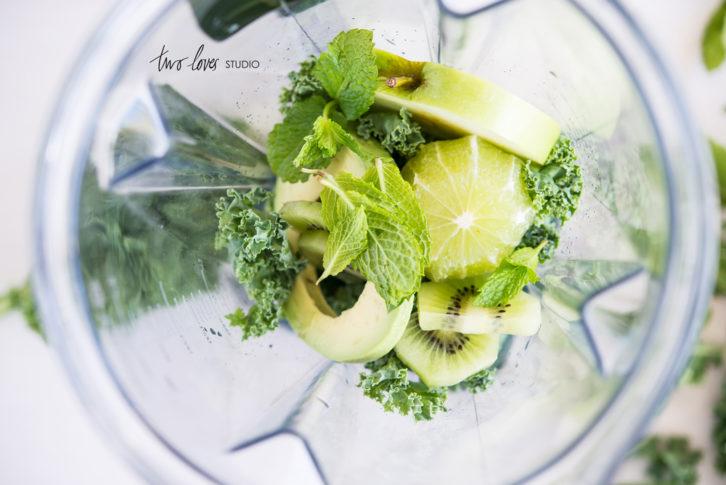 Skin Food Smoothie: Paleo Reset by Lizzy Marsh