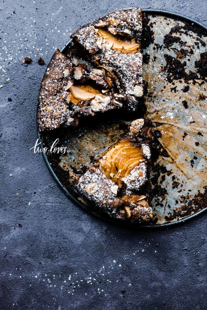 Chocolate round cake with pear caramelized topping